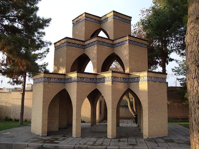 آرامگاه کاشفی